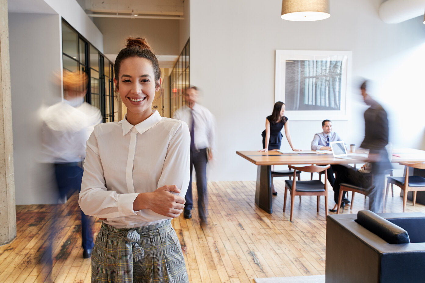 smiling-lady-in-office-environment